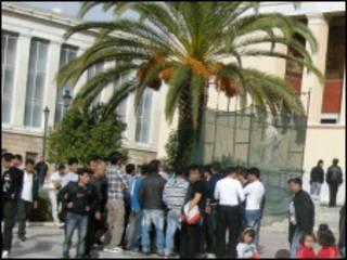 اعتراض پناهجویان افغان در یونان