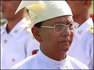 رئيس وزراء بورما ثيين سيين