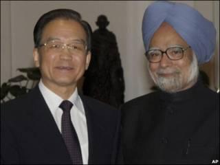 वेन जियाबाओ और प्रधानमंत्री मनमोहन सिंह रात्रिभोज पर