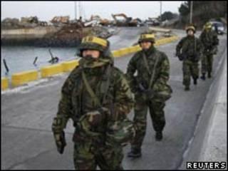 Южнокорейские морские пехотинцы на Йонпхендо