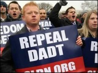 تظاهرات برای لغو قانون نپرس و نگو