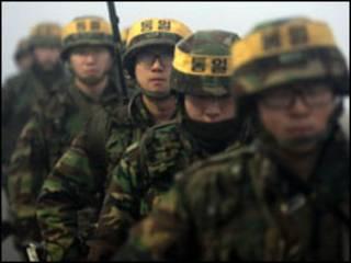 جنود كوريون
