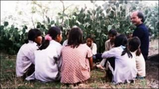Hình từ trang Inrasara.com