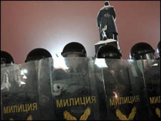 الانتخابات البيلاروسية شهدت عنفاً وتجاوزات
