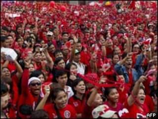 تظاهرة لاصحاب القمصان الحمراء في تايلاند