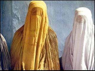 البرقع في باكستان وافغانستان