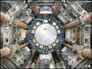 強子對撞機