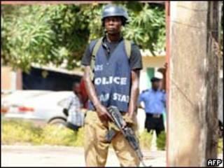 Soldado nigeriano em Jos