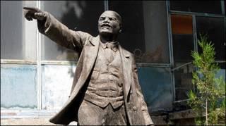 Памятник Ленину в Душанбе