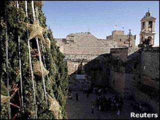 Visitantes que vão à Igreja da Natividade são obrigados a passar por Jerusalém