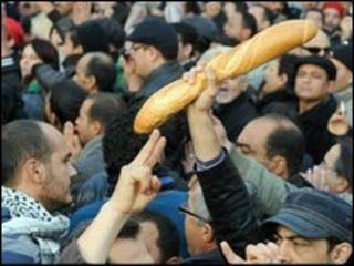 unjuk rasa di tunisia