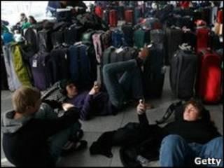 مسافران سرگردان در جی اف کی نیویورک
