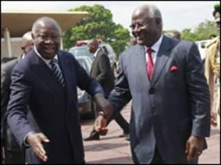 باگبو - چپ- با رهبران سه کشور آفریقایی دیدار کرد