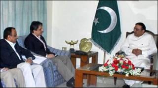 ज़रदारी और एमक्यूएंम