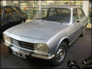 Peugeot 504 no museu Peugeot de Sochaux
