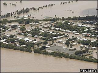 Cảnh lụt lội ở Queensland