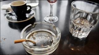 cигарет ва ароқ