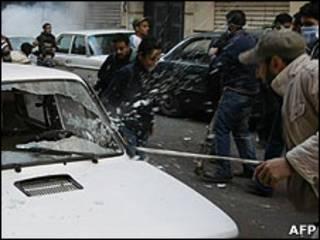 اندلعت اعمال عنف بعد الهجوم الدامي على الكنيسة