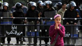 Полиция у храма в Александрии