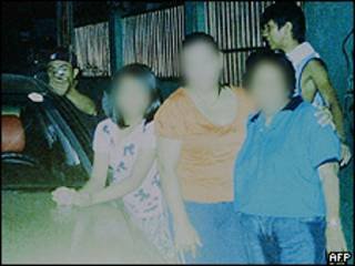 Foto cedida pela família Dagsa à polícia das Filipinas mostra o assassino do político local (AFP)