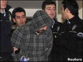 اعتقال مشتبه فيه لاختطاف طائرة تركية