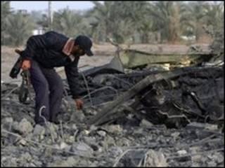 آثار غارة إسرائيلية على غزة