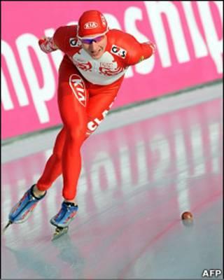 Российский конькобежец Иван Скобрев