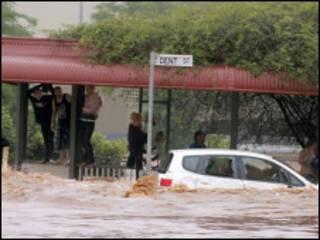 بلغت الامطار 30 سنتمترا في بعض المناطق