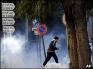 突尼斯騷亂