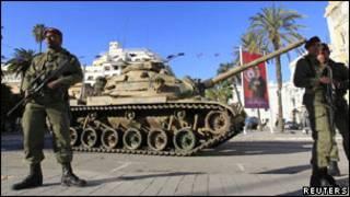 من ثورة الياسمين في تونس