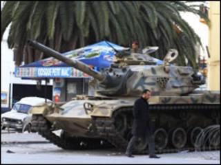 ट्यूनीशिया में हिंसा