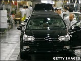 Pabrik Mobil di Wuhan, Provinsi Hubei