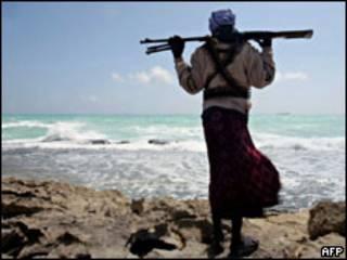 Вооруженный сомалийский пират