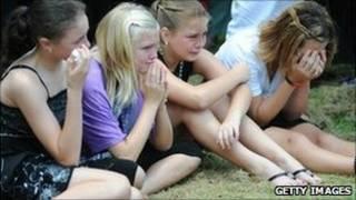 Nhiều người thương tiếc hai mẹ con Donna Rice và Jordan bị thiệt mạng vì lũ lụt