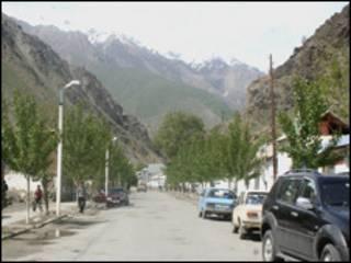 Улица селения в Шуробадском районе Таджикистана