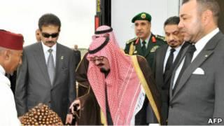 الملك عبد الله لدى وصوله إلى المغرب