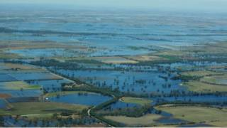 الفيضانات تشكِّل بحيرة في ولاية فيكتوريا الاسترالية