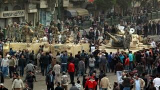 دبابات الجيش في ميدان التحرير