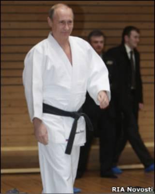 Владимир Путин в кимоно дзюдоиста