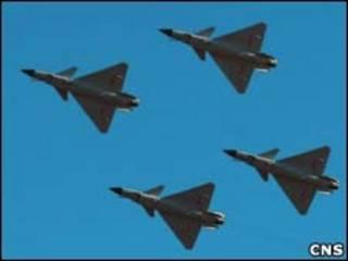 中國空軍建軍60週年表演上的空軍軍機(16/11/2009)
