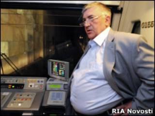 Дмитрий Гаев в кабине машиниста