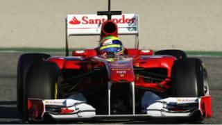 سيارة سباق فورمولا