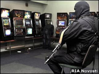 В Махачкале милиция закрывает подпольное казино