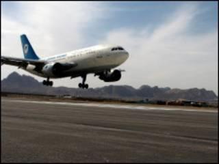 فرودگاه هرات در غرب افغانستان