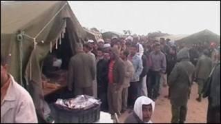 عمال نازحون على الحدود الليبية التونسية