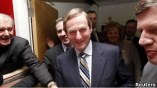 إندا كيني المرشح الفائز بالانتخابات الإيرلندية