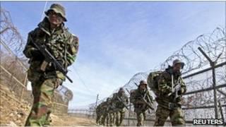 Солдаты у границы