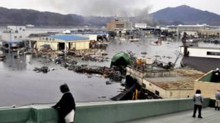 سونامی و زمین لرزه در ژاپن