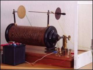 دستگاه قدیمی اشعه ایکس