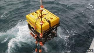 إنسان آلي لإصلاح الكابلات البحرية
